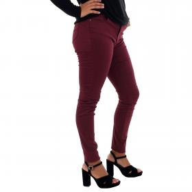 Vero Moda Jeans slim Burdeos 10210798 VMHOT SEVEN MR SLIM PUSH UP PANTS PORT ROYALE